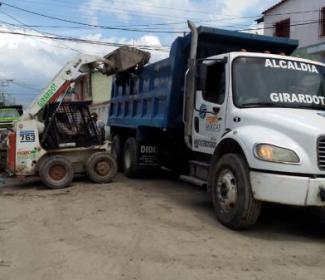 Alcaldía fortalece acciones de limpieza en Girardot