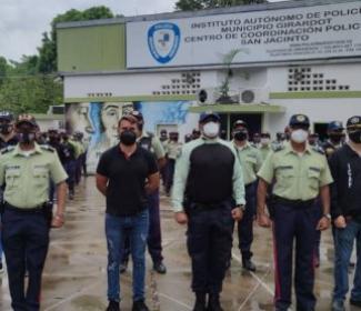 Alcalde Rafael Morales realizó primera visita al Comando Central de la Policía de Girardot