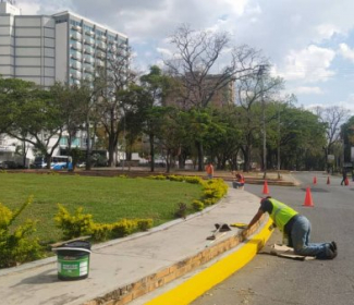 Trabajos de Acupuntura Urbana y mantenimiento integral ayudan a recuperar espacios emblemáticos de nuestra ciudad