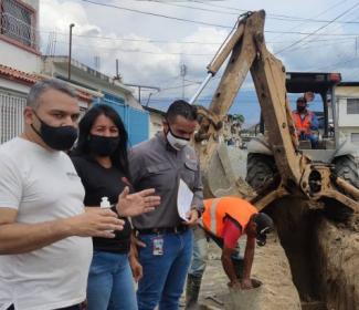 Alcalde Pedro Bastidas inició obra de colectores en San José