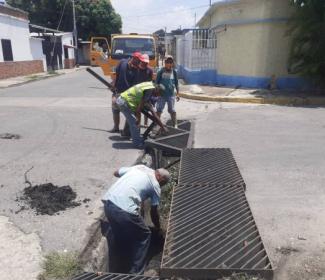 """Bastidas : """"Más de 100 alcantarillas y bocas de visitas intervenidas en Girardot"""""""