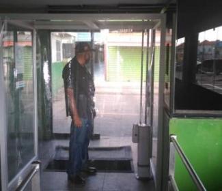 Categ instala Cabina de Desinfección en el Terminal de  Maracay