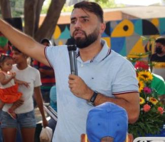 Alcalde Rafael Morales aprueba alumbrado para las 46 calles del Sector Santa Rosa