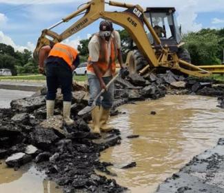 Gobierno regional y local reparan sistema de aguas claras